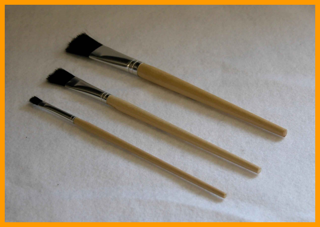 3 Piece Flat Black Bristle Brush Set 1/4