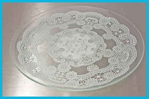 "13"" Round Queen Anne's Lace Glass Plate 1/8"""